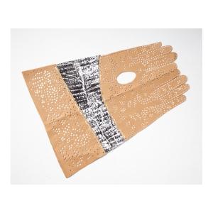 landsacpe-brownpaper-glove2